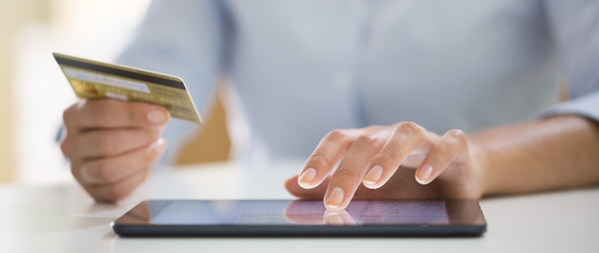 patient making an online payment